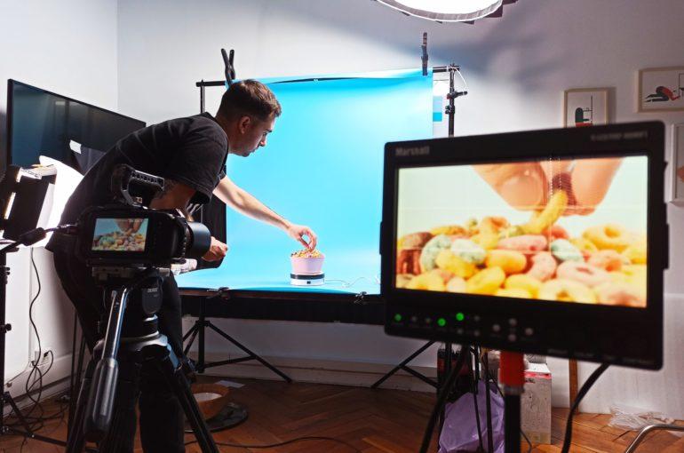 Cómo impulsar tu negocio a través de vídeos explicativos de producto o servicio